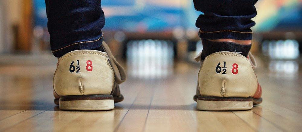 bowling-shows-in-alley.jpg