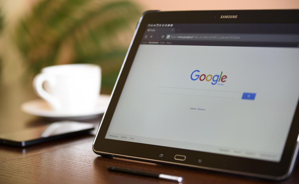 internet-search-engine-google-on-ipad.jpeg