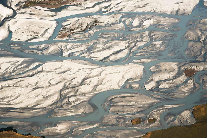new-zealand-river-