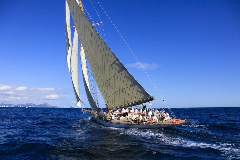 st-tropez-yacht.jpg